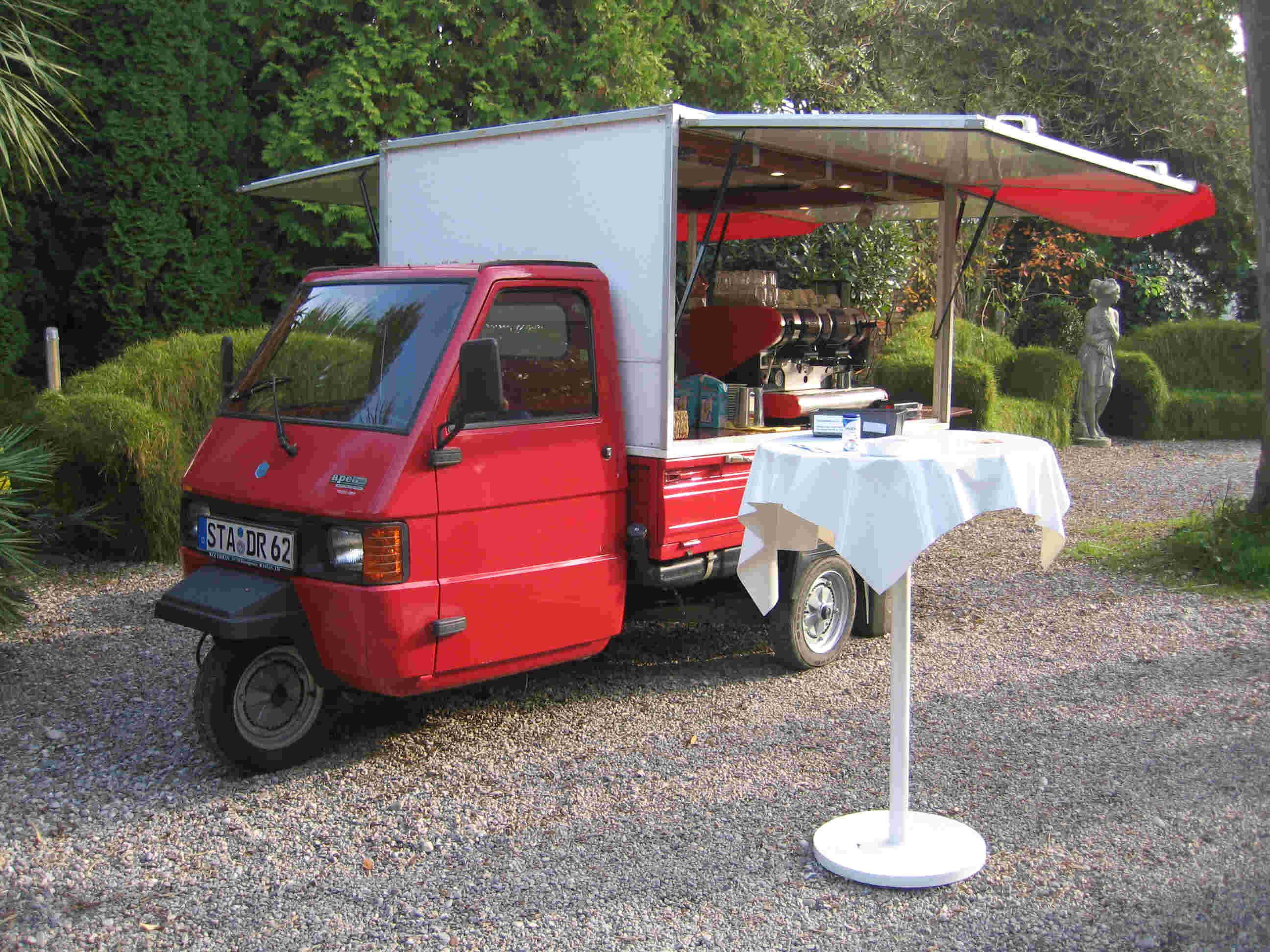 piaggio kaffeemobil kaufen motorrad bild idee. Black Bedroom Furniture Sets. Home Design Ideas